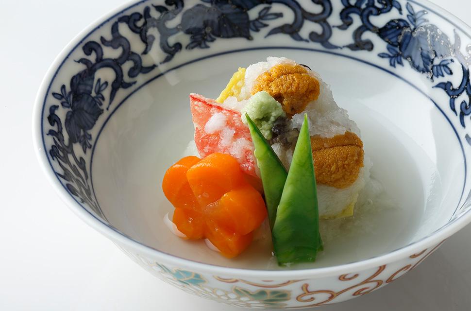 日本料理 七宝かぶら蒸し 鮑 雲丹 蟹身 茸 百合根 粟麩 梅人参