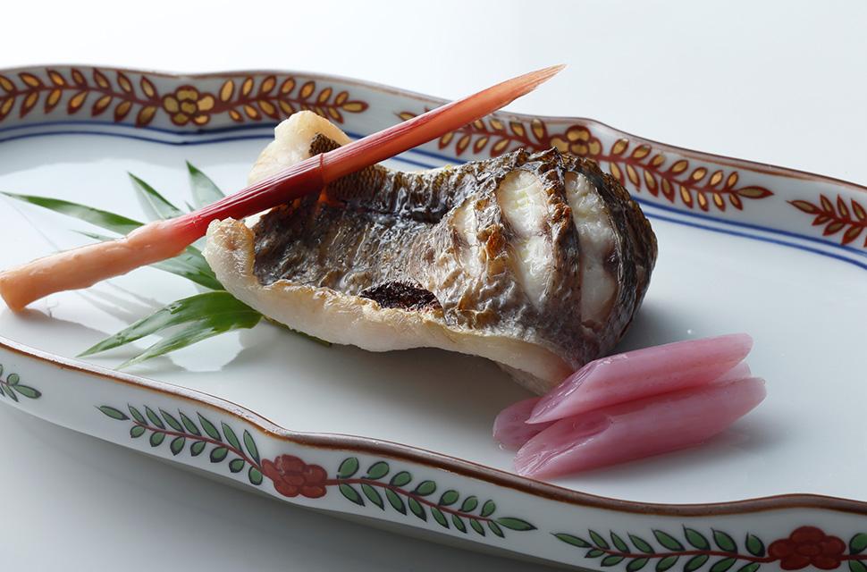 日本料理 天然鮮魚の焼き物 酢取り野菜